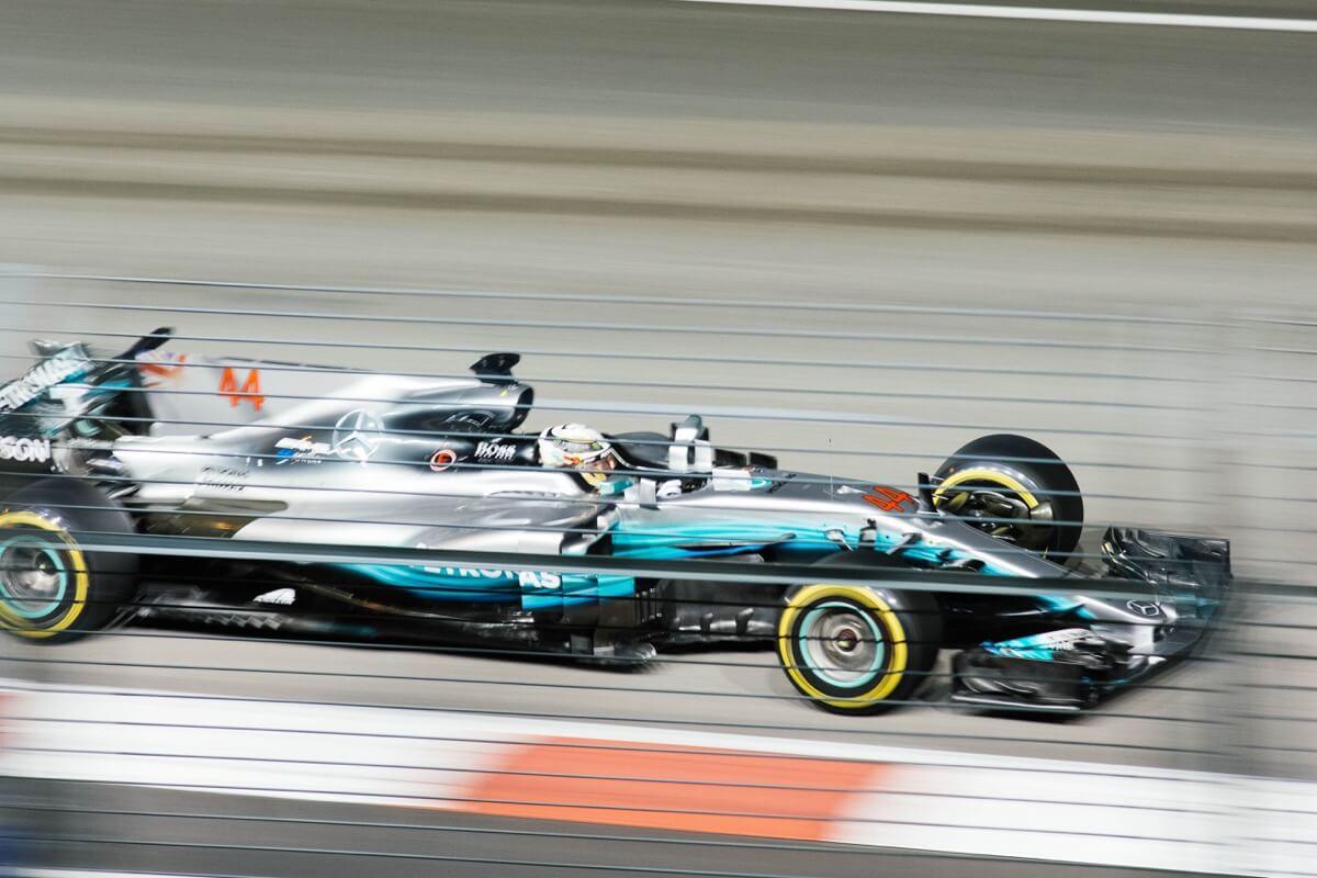 F1をライブ中継してる動画配信サブスクを一覧で比較【2021年版】
